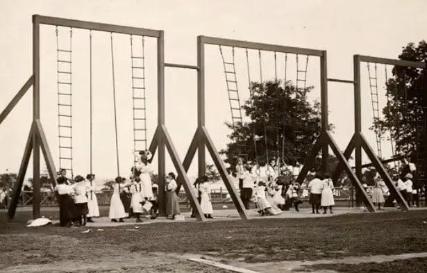 des anciens jeux d'escaliers en 1900