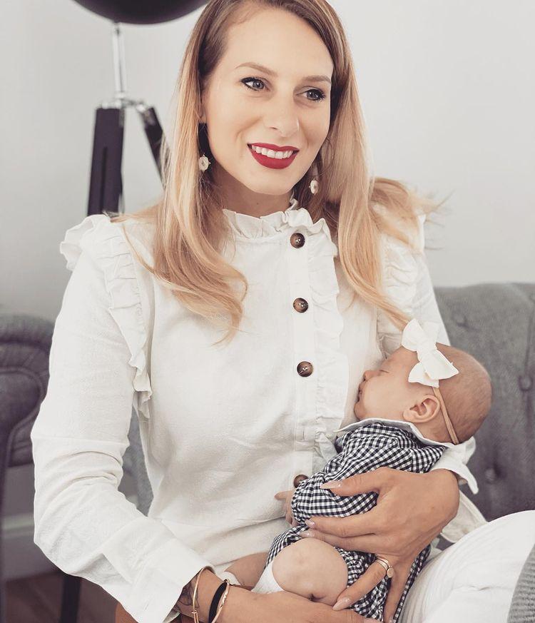 Camille Santoro et sa fille
