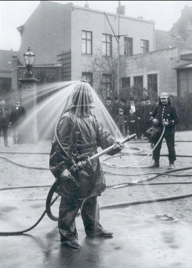 Un pompier allemand en 1900