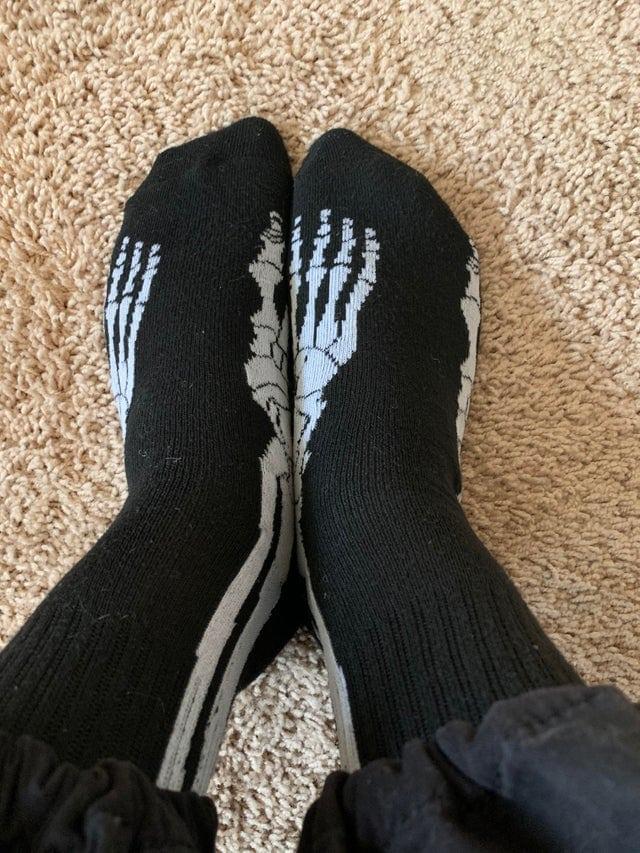 Chaussettes à imprimé squelette