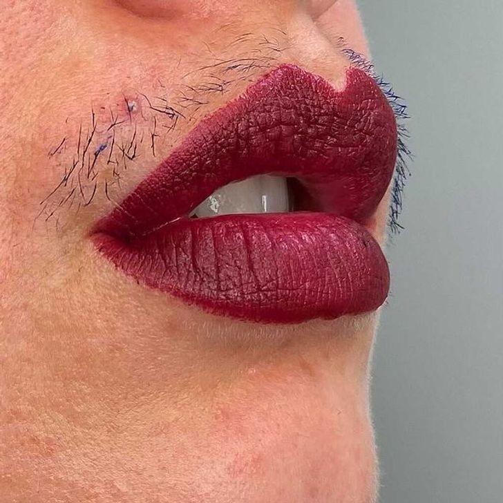 du duvet au-dessus des lèvres