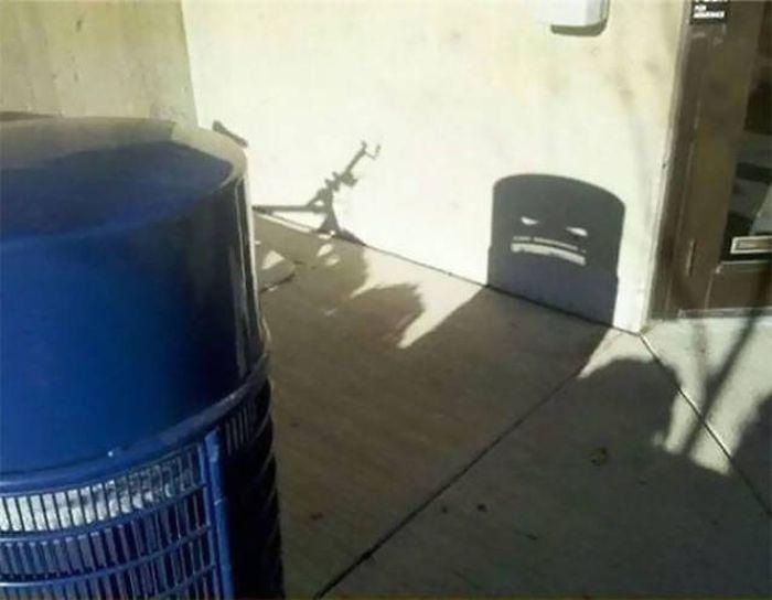 une ombre inhabituelle