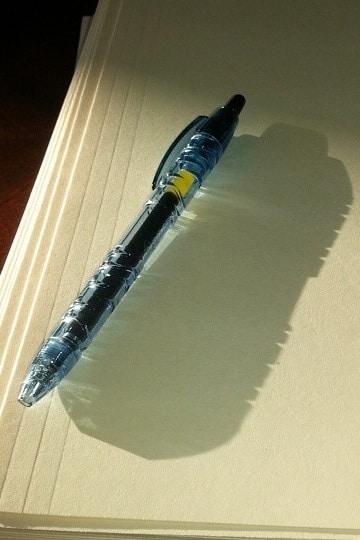 l'ombre d'un stylo