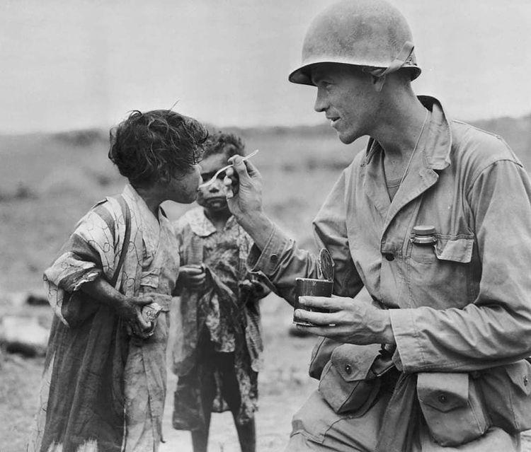 Un soldat à Okinawa