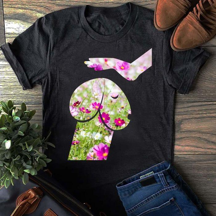 un tee-shirt imprimé