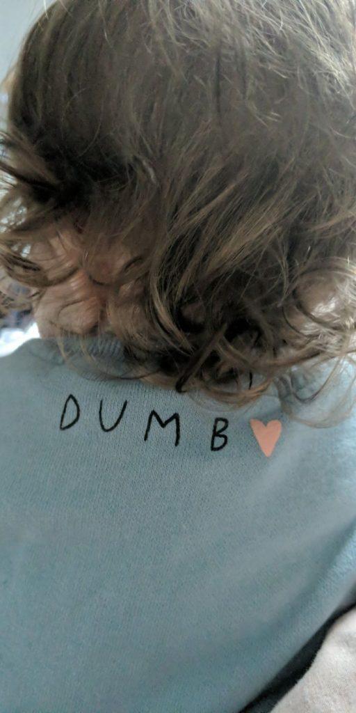 un tee-shirt pour enfant