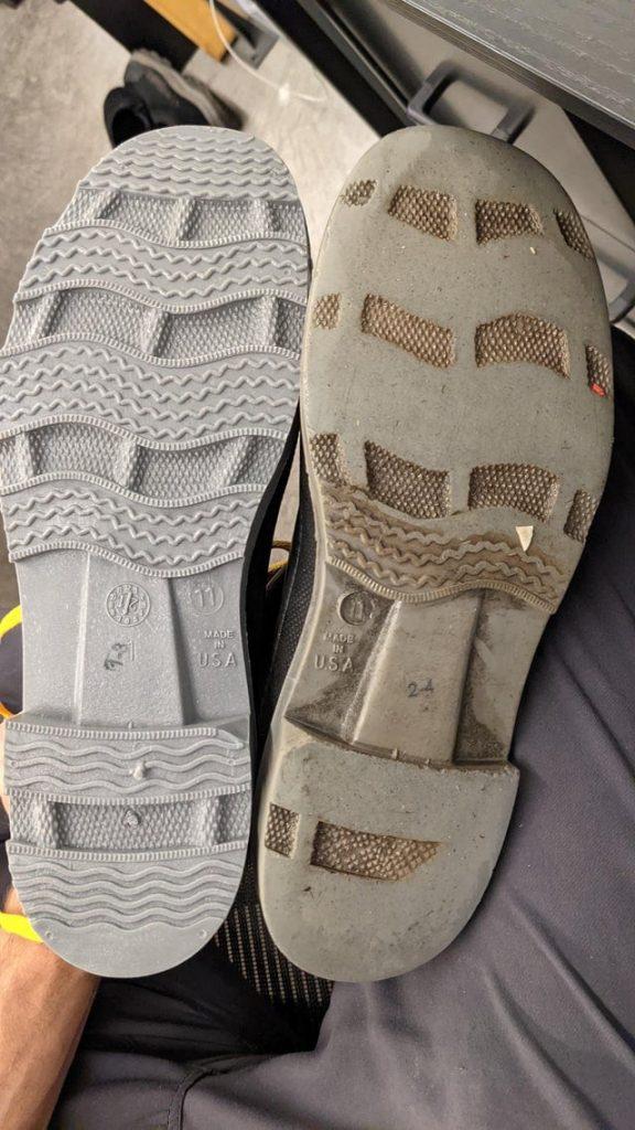 deux semelles de chaussures
