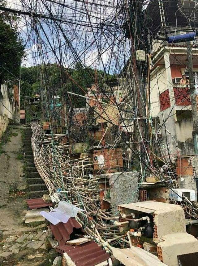 une favela au brésil