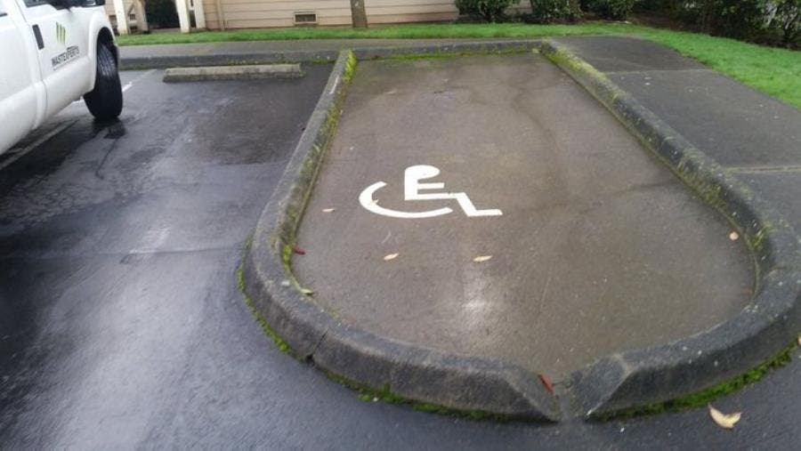une place pour les handicapés