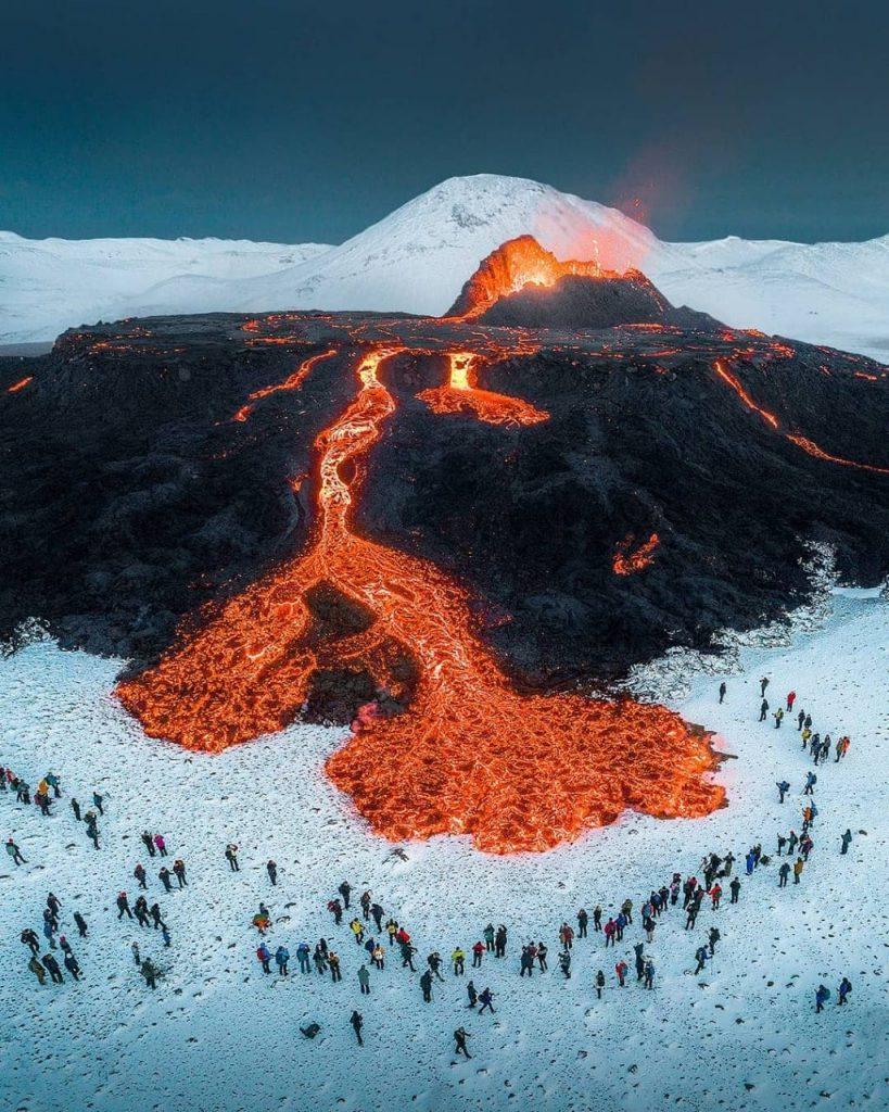 l'éruption du volcan Fagradalsfjall