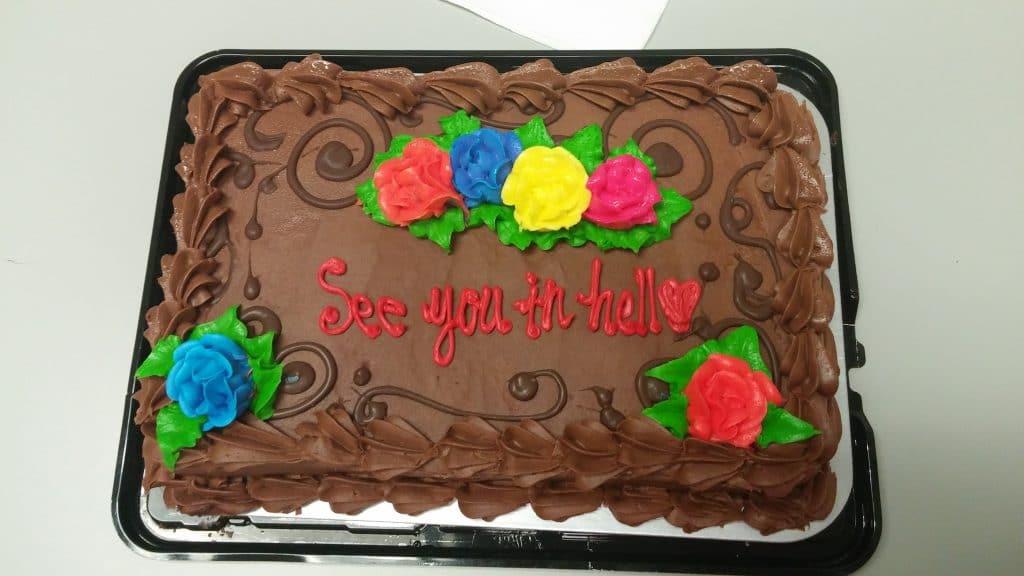 Un gâteau pour son dernier jour de travail