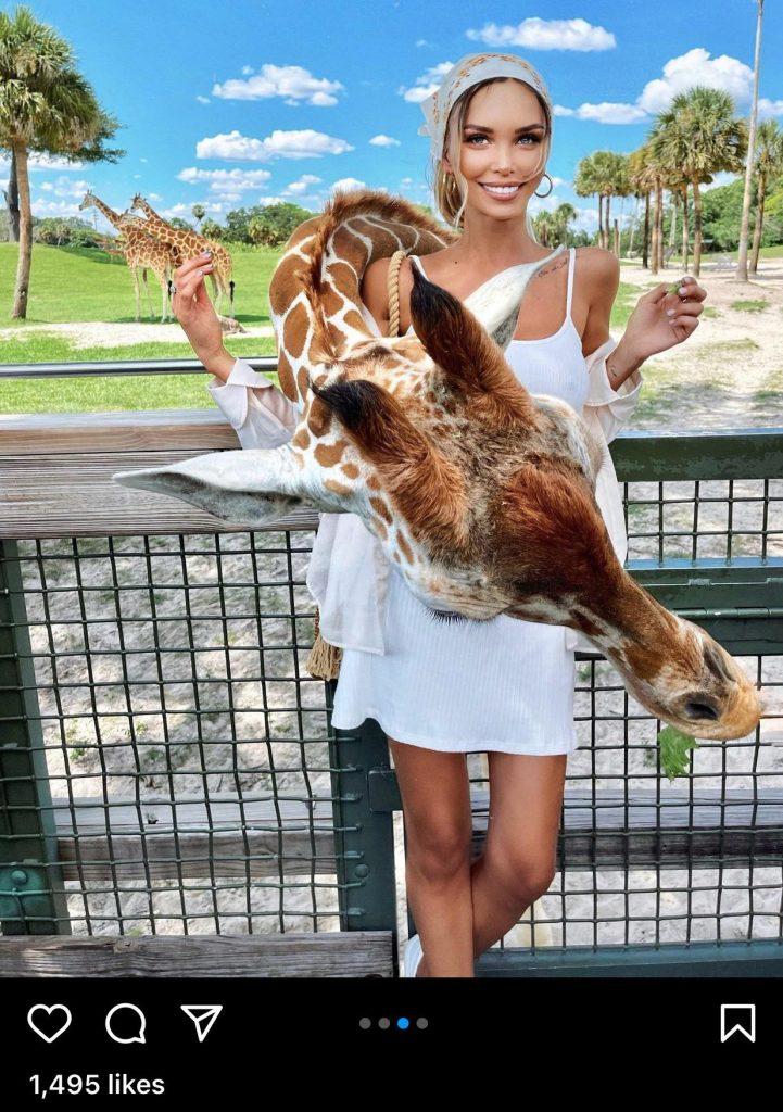 femme-et-girafe