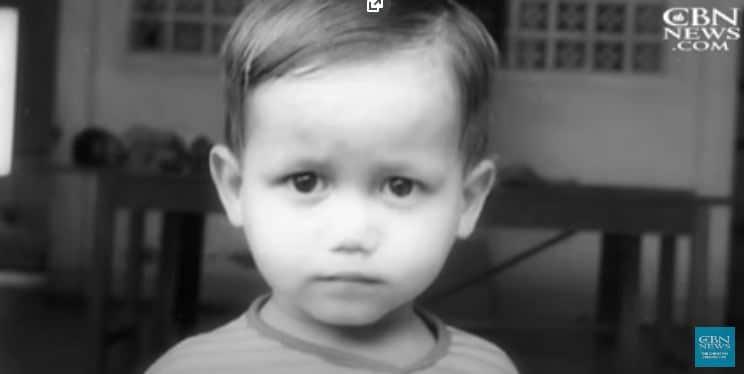 Une photo de Kirk enfant.