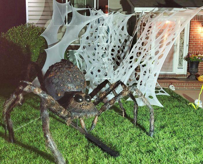 Projet d'Halloween araignée géante